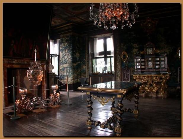 Danimarca copenaghen rosenborg slot - Mobili danimarca ...